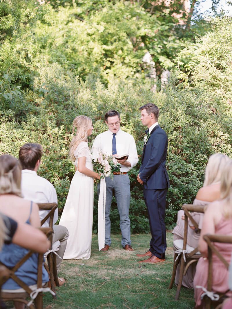 founders-garden-wedding-inspiration-athens-ga-11.jpg