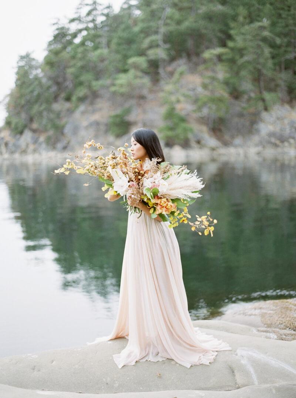 galiano-island-wedding-inspiration-canada-19.jpg