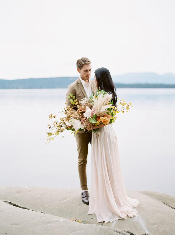 galiano-island-wedding-inspiration-canada-21.jpg