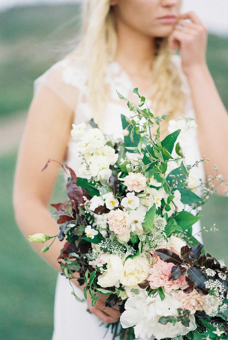 cornwall-ontario-canada-wedding-inspiration-4.jpg