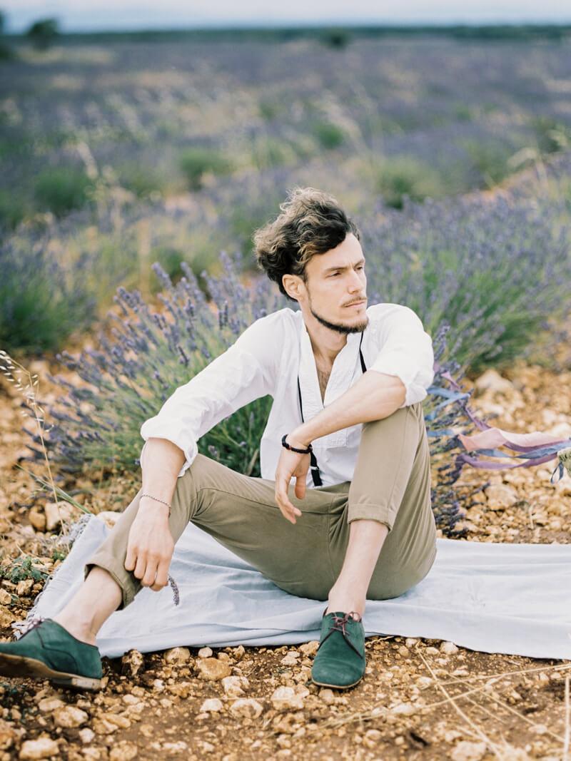 fine-art-lavender-fields-wedding-inspiration-10.jpg
