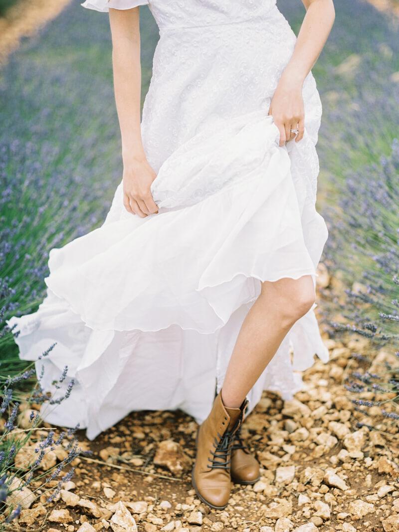fine-art-lavender-fields-wedding-inspiration-3.jpg