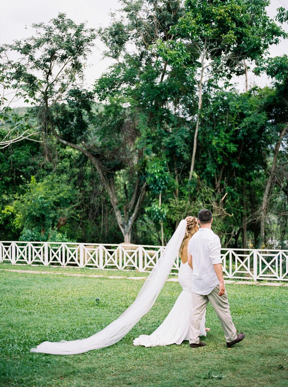 grand-palladium-lucea-jamaica-wedding-photos-16.jpg