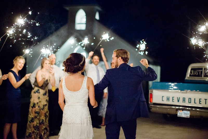 chandelier-of-gruene-venue-new-braunfels-wedding-29-min.jpg