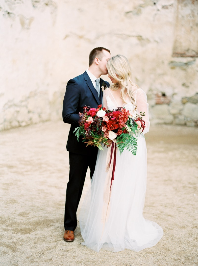 mission-san-juan-capistrano-wedding-inspiration_-16-min.jpg