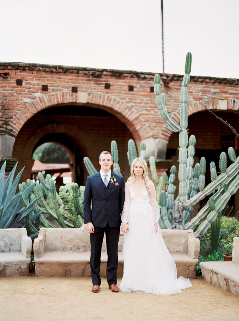 mission-san-juan-capistrano-wedding-inspiration_-9-min.jpg