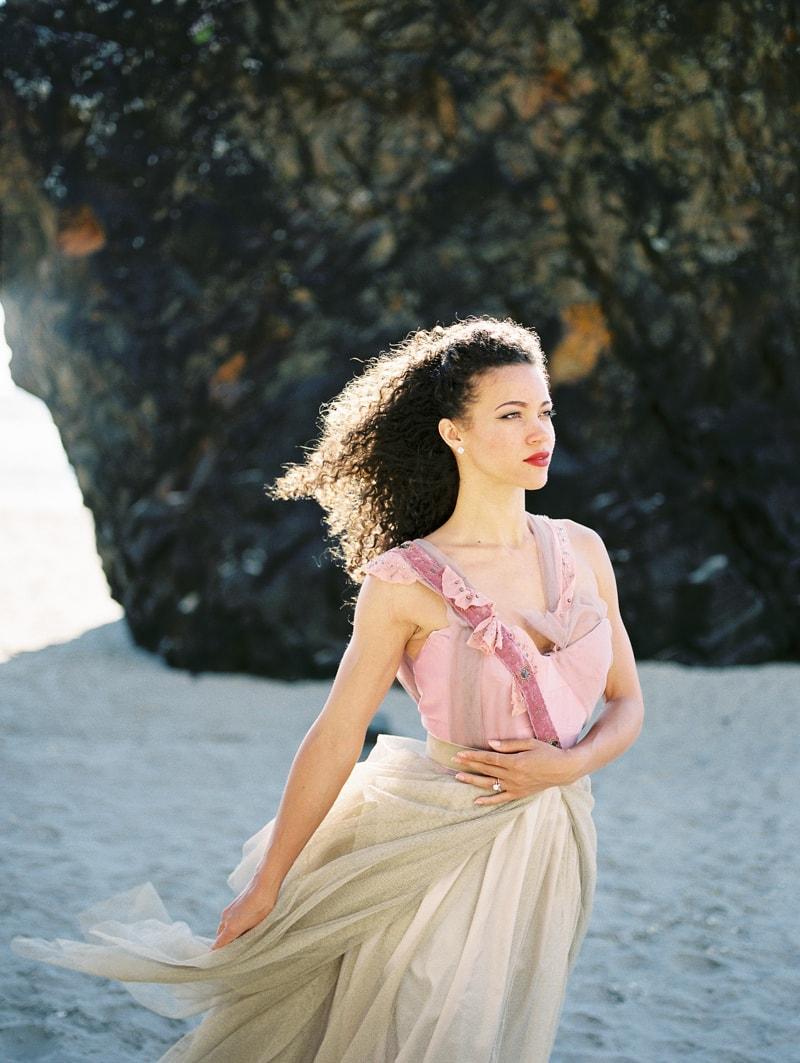 oregon-coast-ballerina-wedding-inspiration-11-min.jpg