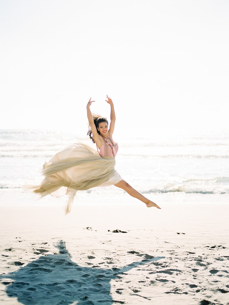 oregon-coast-ballerina-wedding-inspiration-18-min.jpg