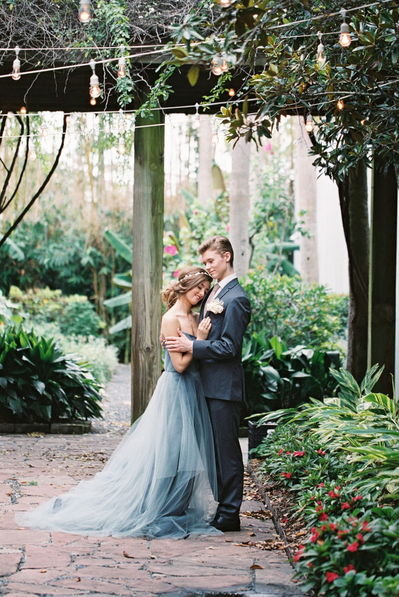 romantic-industrial-wedding-inspiration-houston-tx-9-min.jpg