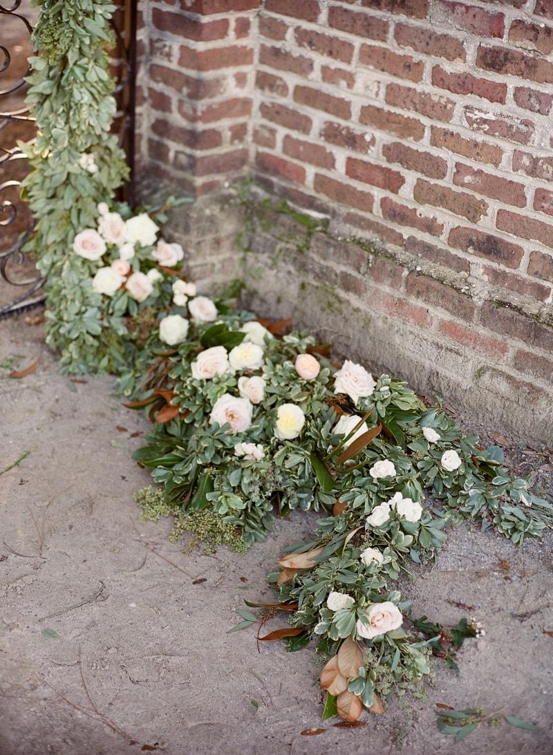 boone-hall-plantation-charleston-sc-wedding-inspiration-24-min.jpg