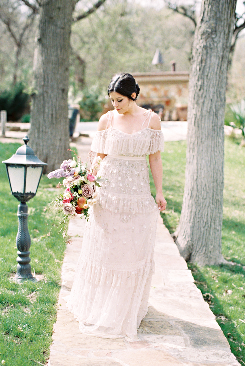 french-country-wedding-inspiration-norman-oklahoma-7.jpg