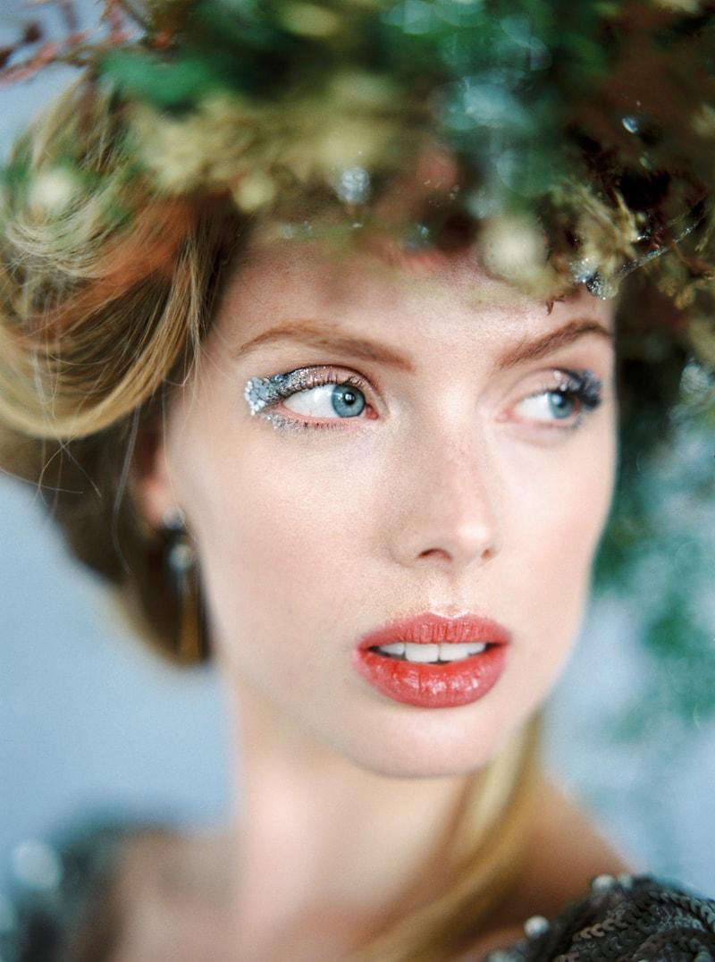 glitter-hair-and-makeup-ideas-bridal-hairstyles-8-min.jpg