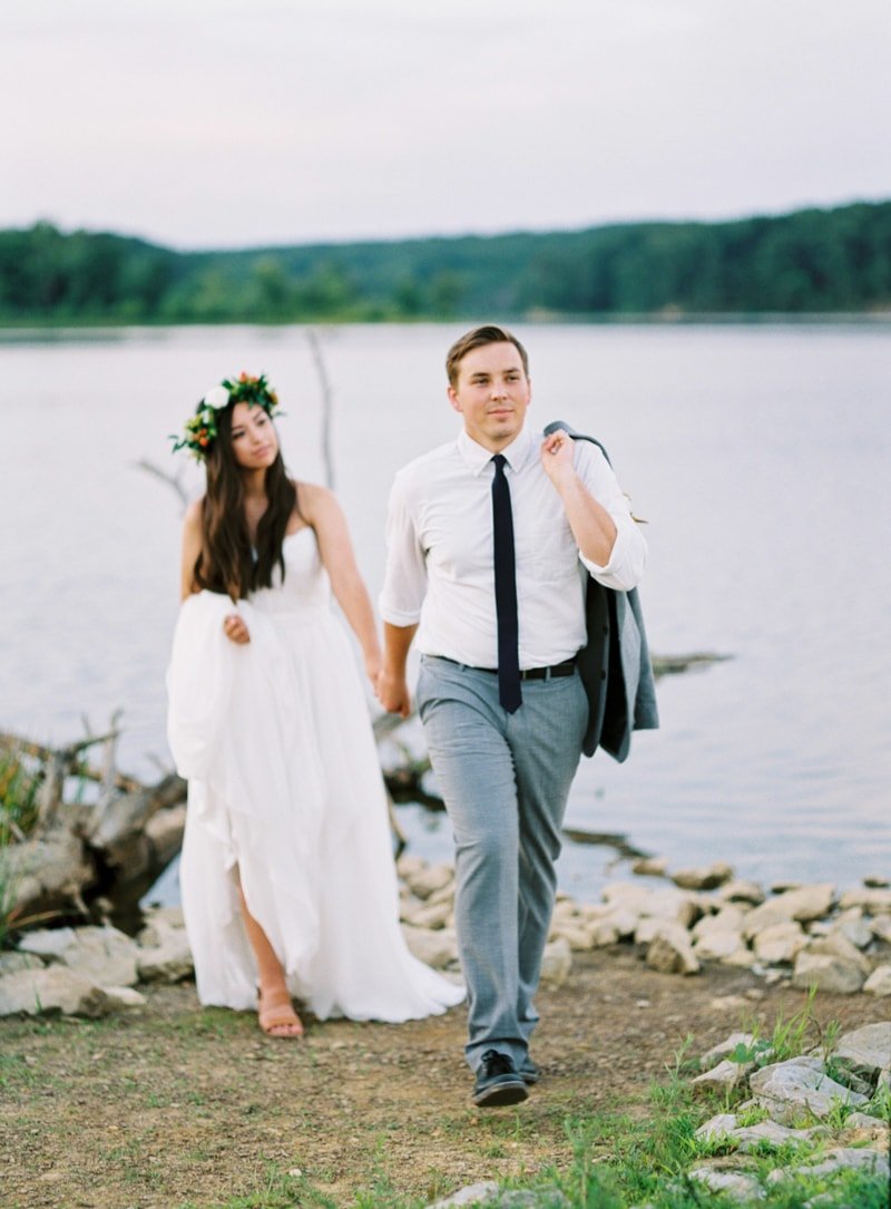 lakeside-wedding-inspiration-fine-art-contax-645-12-min.jpg