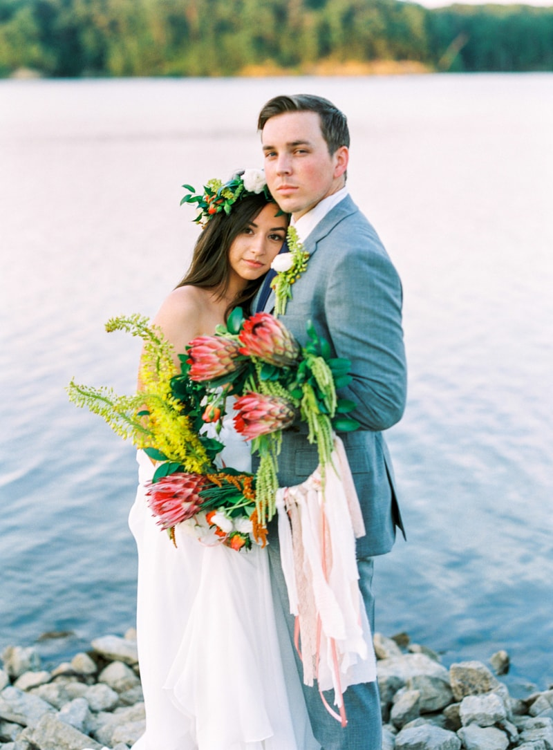 lakeside-wedding-inspiration-fine-art-contax-645-14-min.jpg