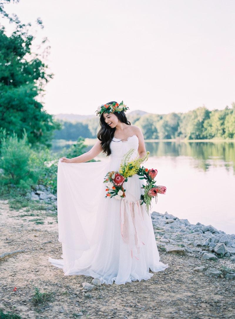 lakeside-wedding-inspiration-fine-art-contax-645-8-min.jpg