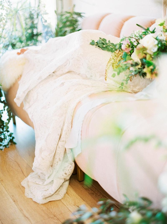 lovely-bride-wedding-dresses-fine-art-contax-645-10-min.jpg