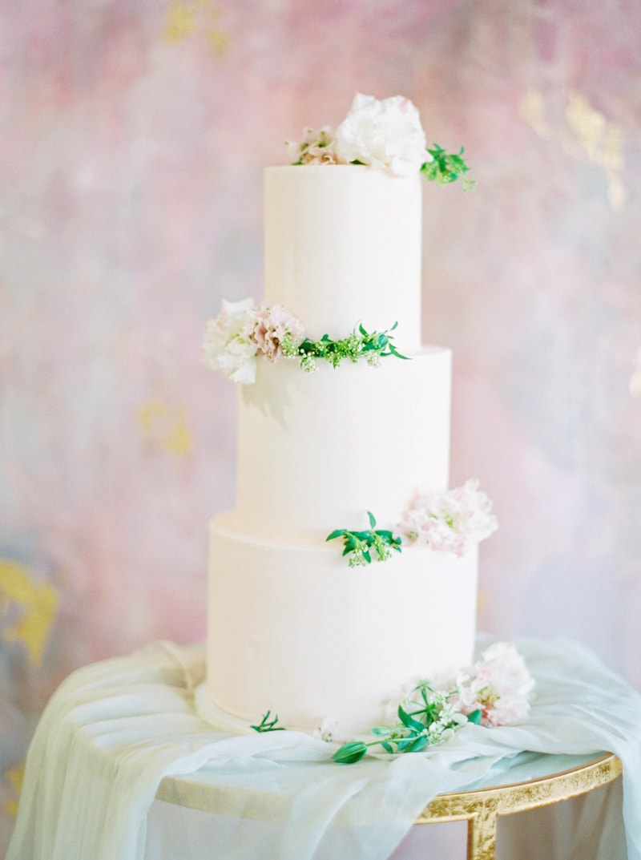 lovely-bride-wedding-dresses-fine-art-contax-645-16-min.jpg