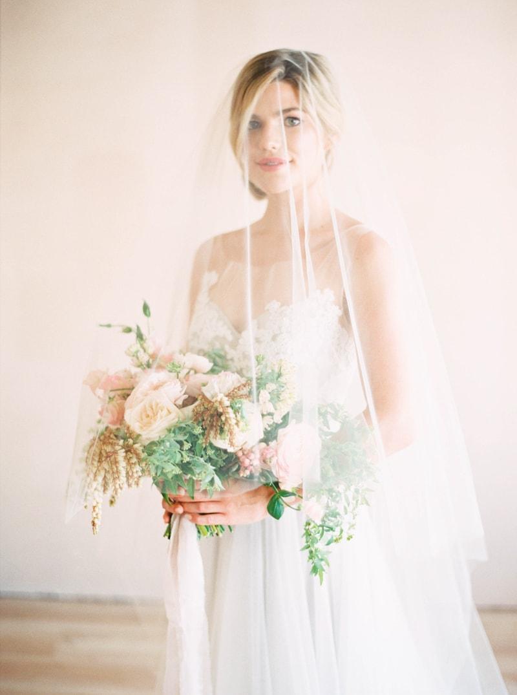 lovely-bride-wedding-dresses-fine-art-contax-645-27-min.jpg