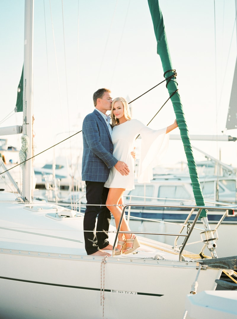 pensacola-beach-florida-engagement-photos-16-min.jpg