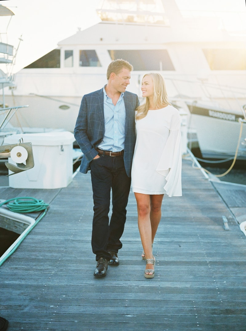 pensacola-beach-florida-engagement-photos-19-min.jpg