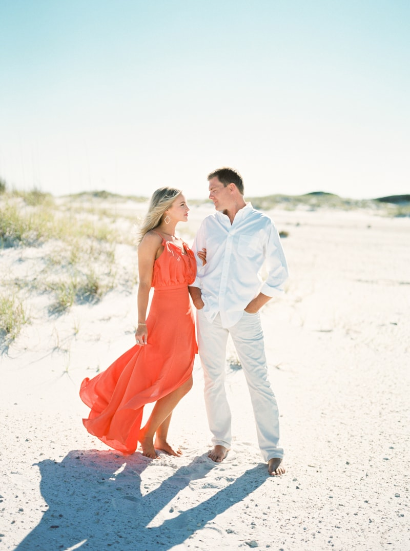pensacola-beach-florida-engagement-photos-2-min.jpg