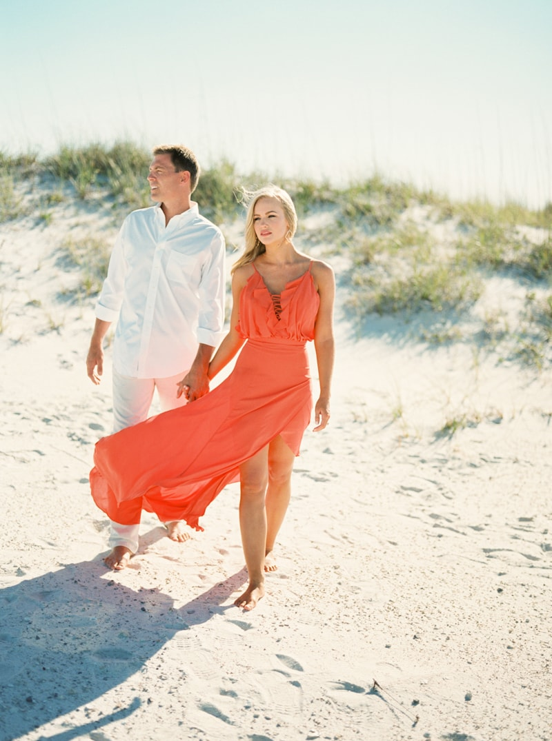 pensacola-beach-florida-engagement-photos-9-min.jpg