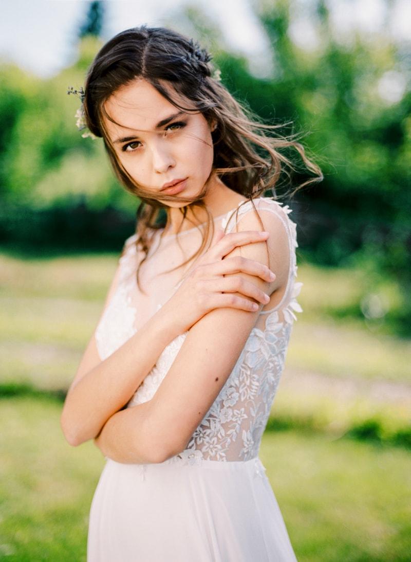 russian-botanical-wedding-inspiration-trendy-bride-13-min.jpg