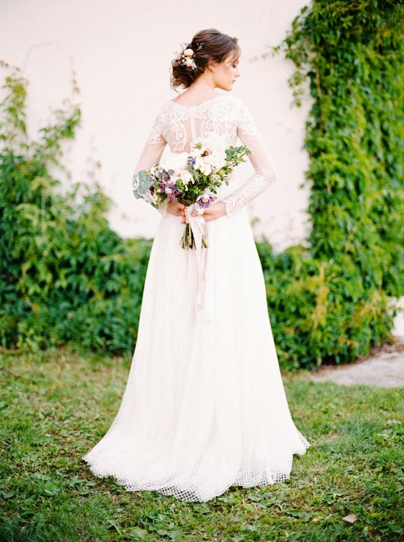 russian-botanical-wedding-inspiration-trendy-bride-17-min.jpg