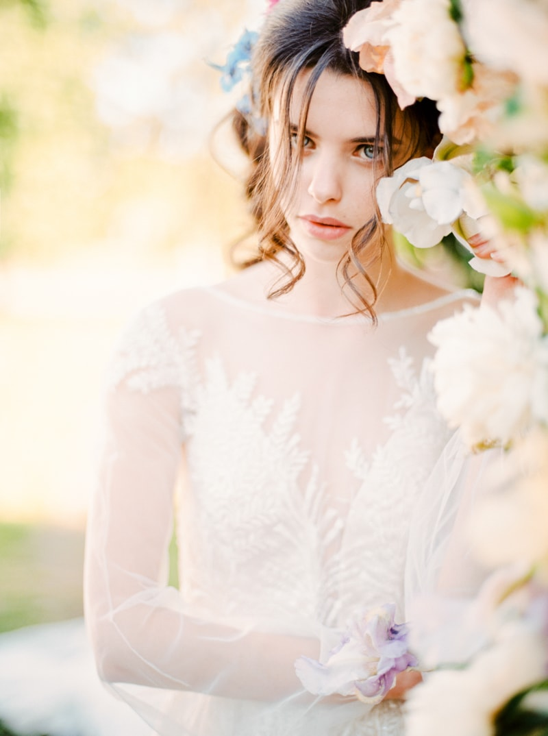 russian-botanical-wedding-inspiration-trendy-bride-23-min.jpg