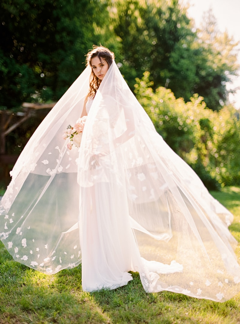 russian-botanical-wedding-inspiration-trendy-bride-6-min.jpg