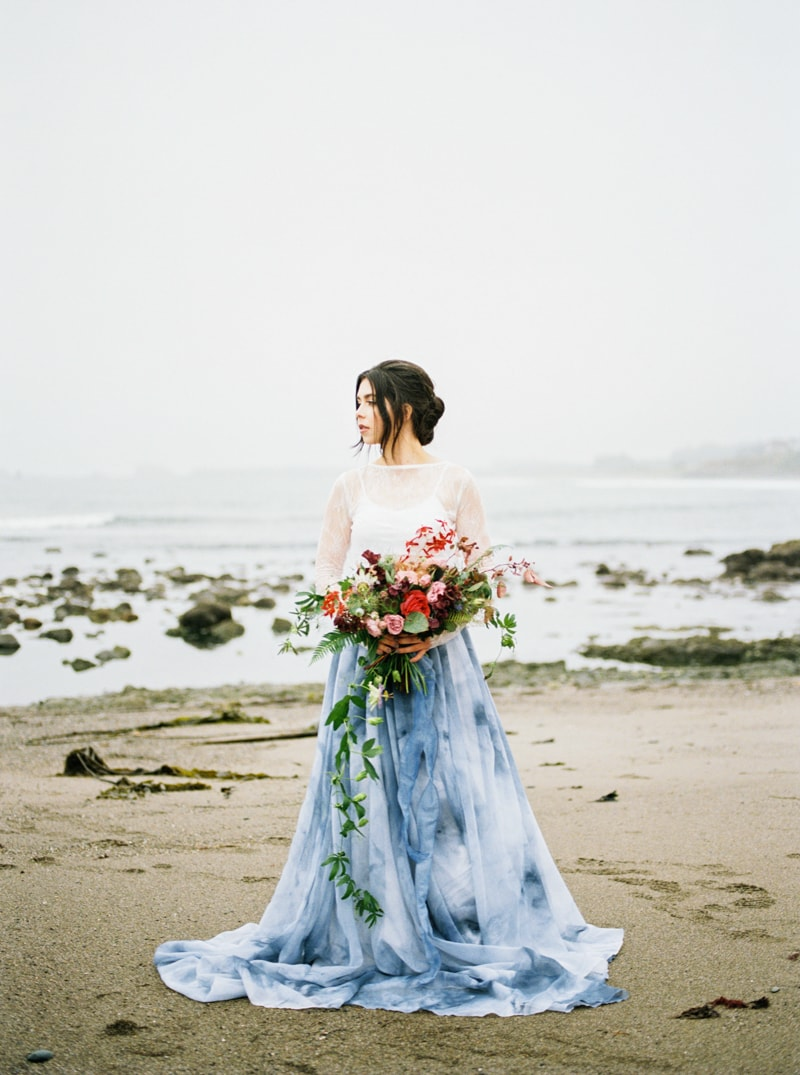 watercolor-wedding-inspiration-oregon-beach-14-min.jpg