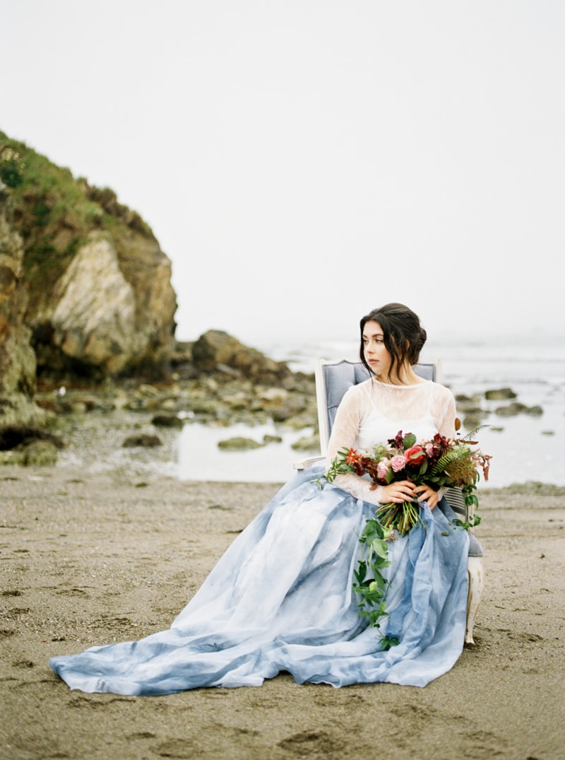 watercolor-wedding-inspiration-oregon-beach-17-min.jpg