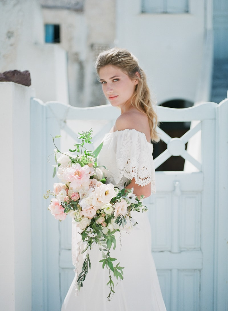 santorini-village-bohemian-wedding-inspiration-11-min.jpg