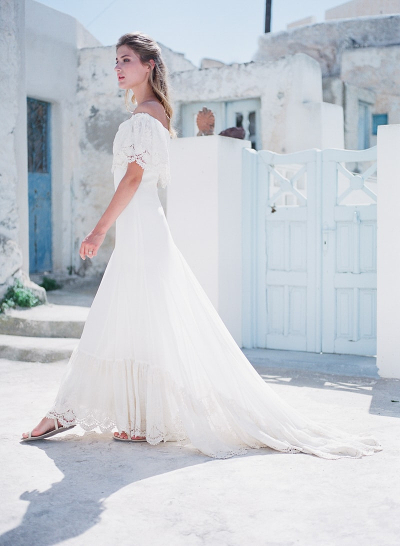 santorini-village-bohemian-wedding-inspiration-13-min.jpg