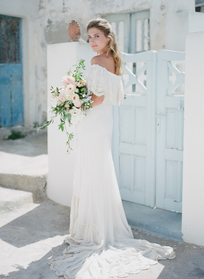 santorini-village-bohemian-wedding-inspiration-10-min.jpg