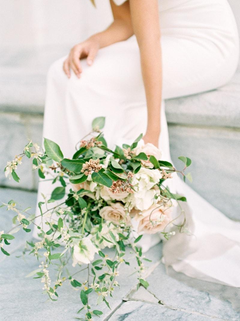 Minimal-Hair-Wedding-Inspiration-Fine-Art-Weddings-10-min.jpg