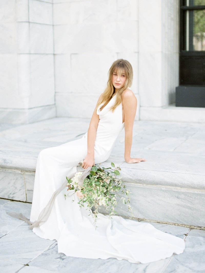Minimal-Hair-Wedding-Inspiration-Fine-Art-Weddings-7-min.jpg