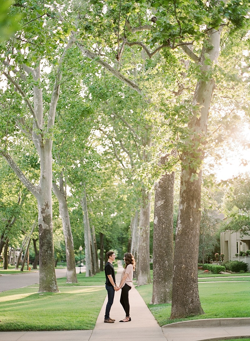 paseo-arts-district-oklahoma-city-engagement-photos-23-min.jpg