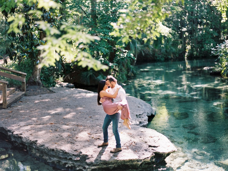 rock-springs-state-park-fl-engagement-photos_-12-min.jpg