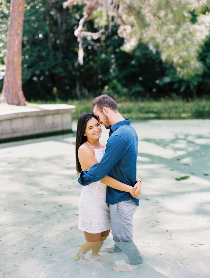 rock-springs-state-park-fl-engagement-photos_-15-min.jpg