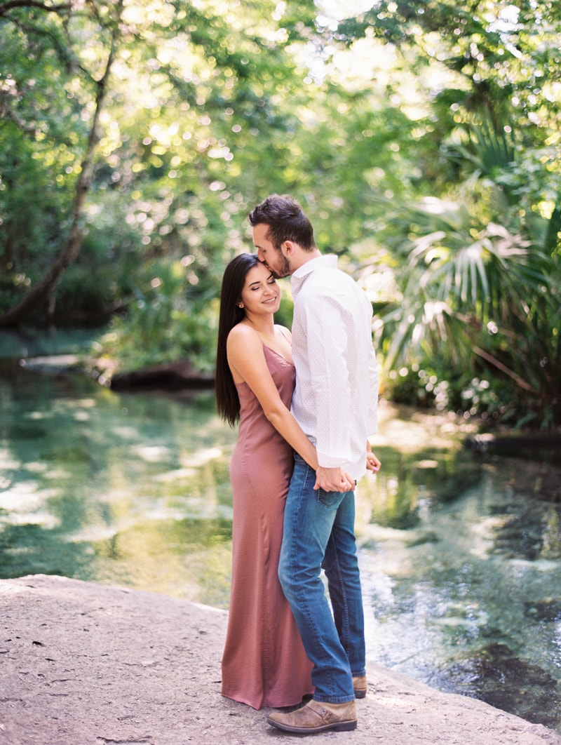 rock-springs-state-park-fl-engagement-photos_-5-min.jpg