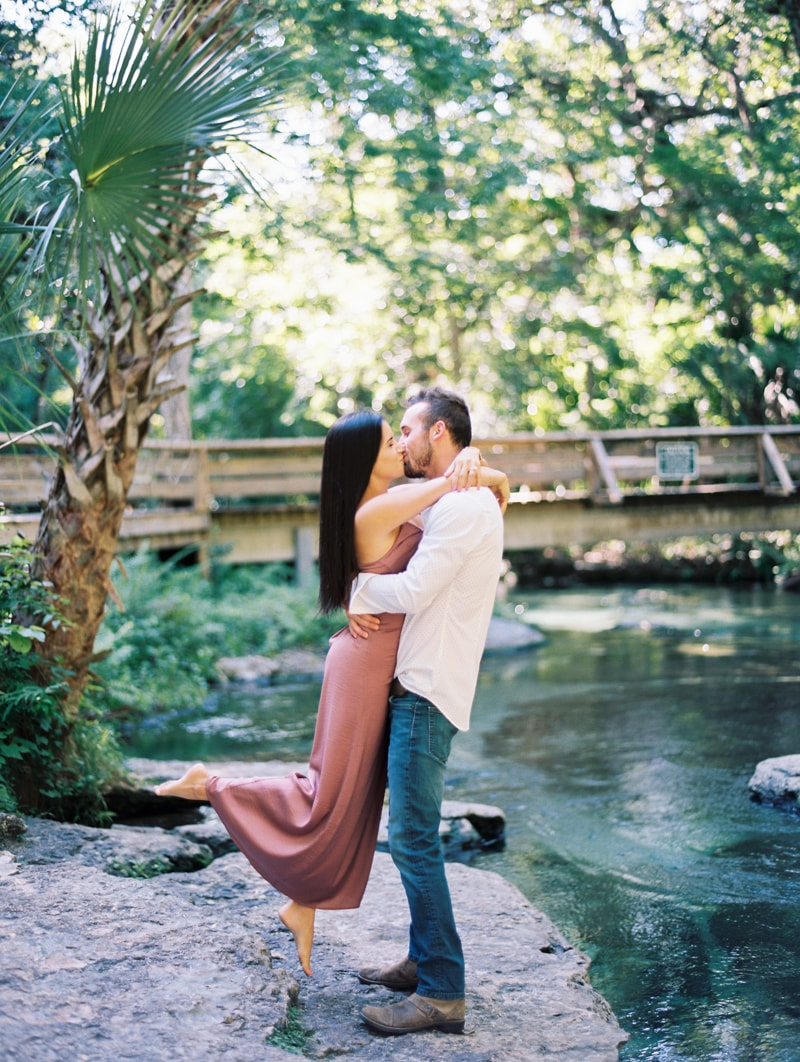 rock-springs-state-park-fl-engagement-photos_-9-min.jpg