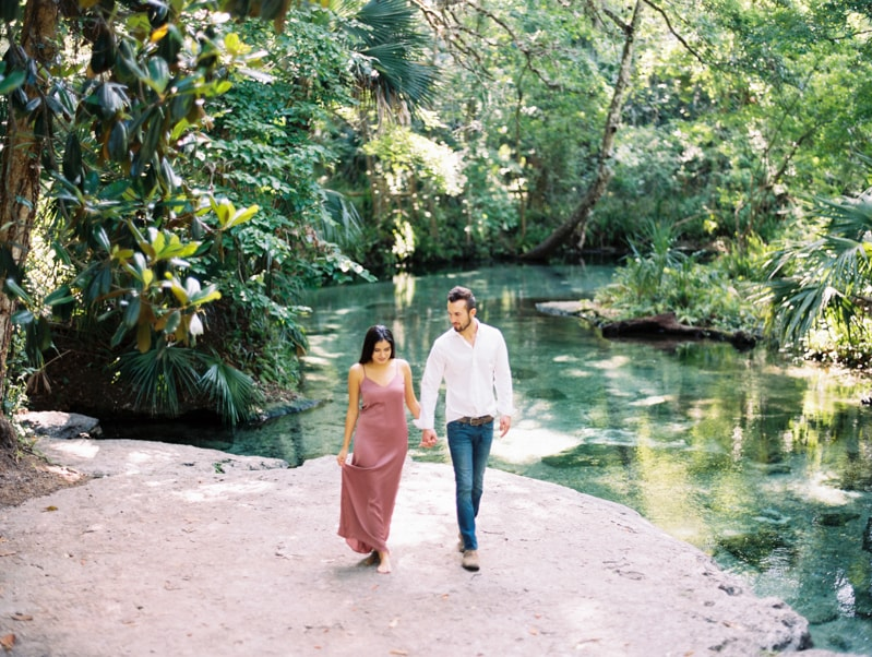 rock-springs-state-park-fl-engagement-photos_-min.jpg