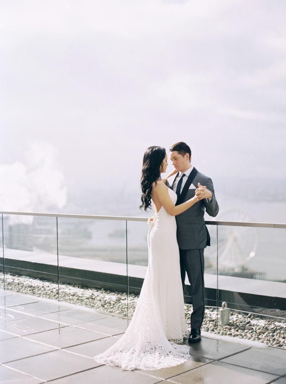rooftop-wedding-inspiration-seattle-thompson-hotel-21-min.jpg