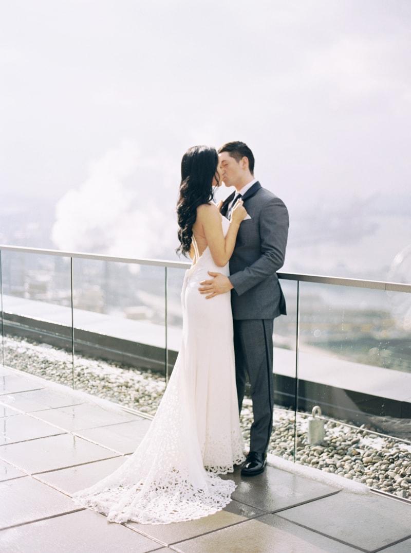 rooftop-wedding-inspiration-seattle-thompson-hotel-22-min.jpg