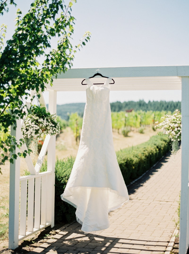 zenith-gardens-salem-oregon-wedding-photos-min.jpg