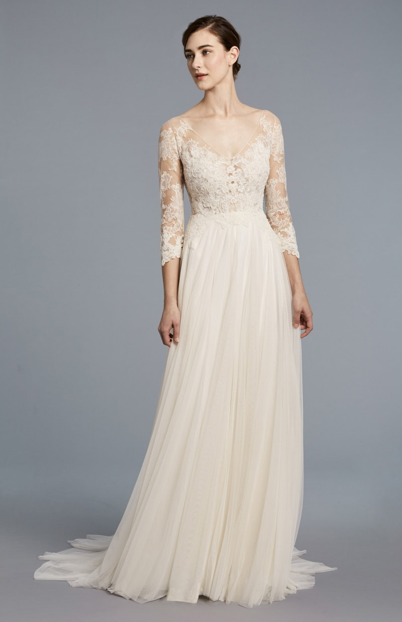 anne-barge-spring-2018-wedding-dresses-2-min.jpg