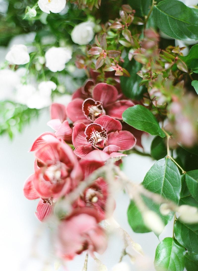 hawaii-botanical-wedding-inspiration-contax-645-11-min.jpg