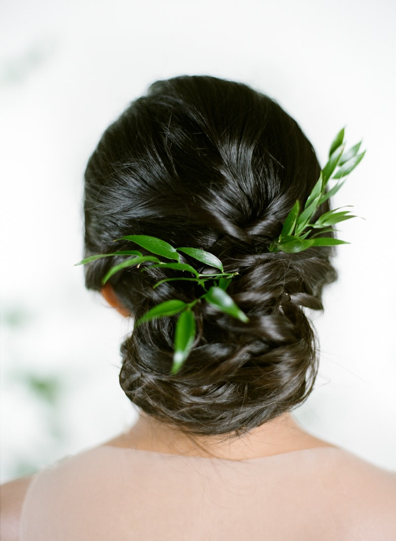 hawaii-botanical-wedding-inspiration-contax-645-16-min.jpg