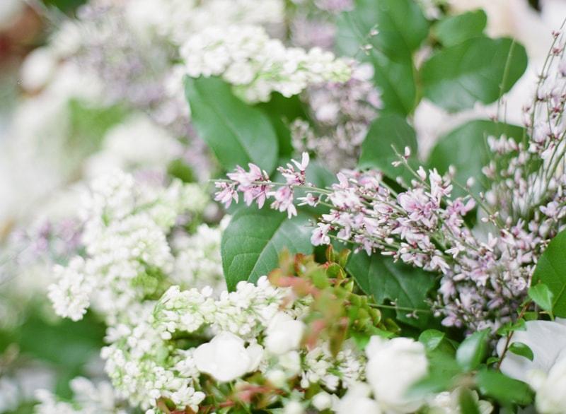 hawaii-botanical-wedding-inspiration-contax-645-7-min.jpg